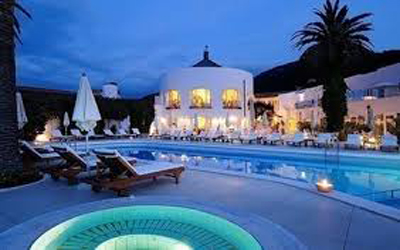 L'hôtellerie de luxe. Exigences/Compétences
